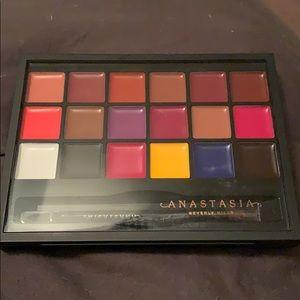 Brand new Anastasia lip pallet